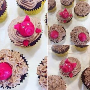 Schokoladen-Cupcakes mit Marzipanschweinchen