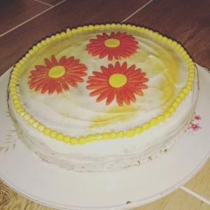 Rüebli-Kuchen mit Frischkäse Frosting