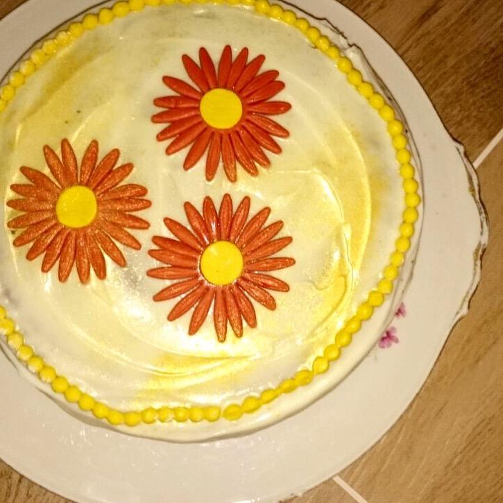 Rüebli-Torte mit Frischkäse Frosting