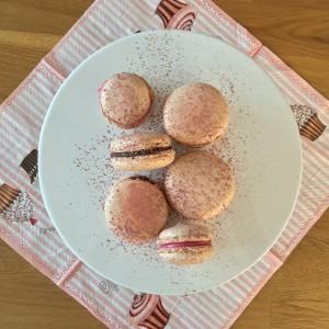 Macarons mit Schokoladen-Ganache