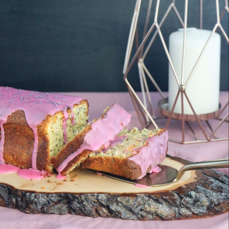 Grapefruit Mohn Cake