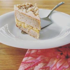 Apfel-Torte ein Stück