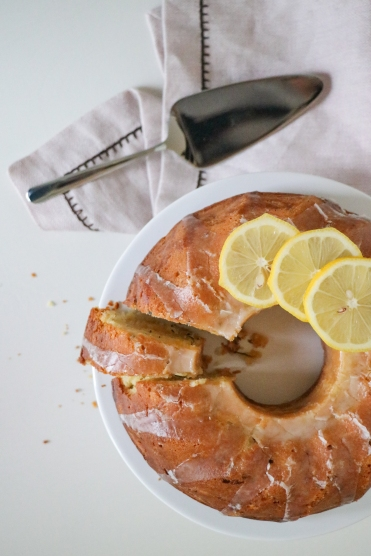 Zitronen-Gugelhupf mit Zucchetti
